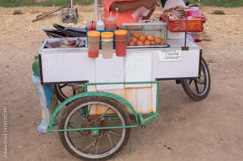 Fotografie, Tablou philippine street food tempura and fishballs on a side car market stall