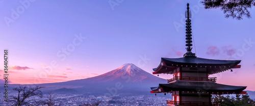 Fotografie, Obraz Mt Fuji at dawn with Chureito Pagoda.
