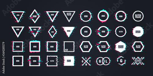 Obraz na plátně Geometric shapes with distorted glitch effect