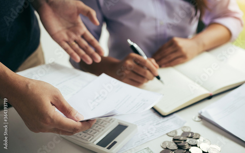Canvastavla Two asian couples and men and women are together analyzing expenses or finances in deposit accounts and daily income sources with an savings economical concept