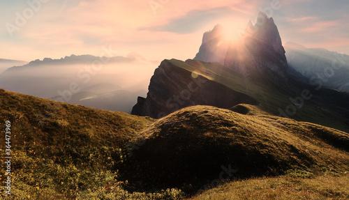 Fotomural Wonderful Alpine Landscape during Sunset