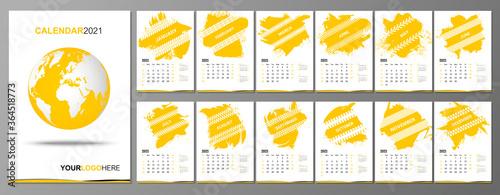 Cuadros en Lienzo 2021 Wall Calendar design with different machines tire tracks vector illustratio
