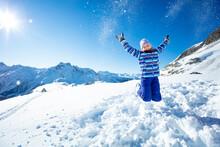 Beautiful Young Ski Girl Jump ...