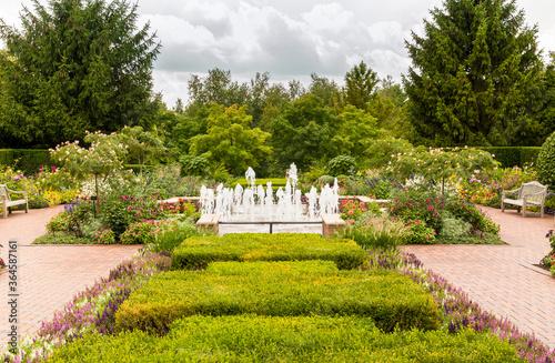 Foto The Circle garden at the Chicago Botanic Garden, Glencoe, Illinois, USA