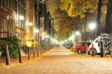 アムステルダムの街並...
