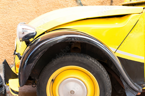 Black Yellow Citroën 2CV Tapéta, Fotótapéta