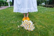 Bouquet Beautiful White Daisie...