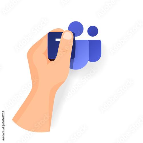 Fotografía Hand keep new Teams icon from popular program office microsoft