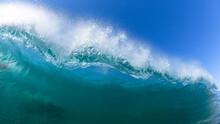 Ocean Wave Hollow Water  Swimm...