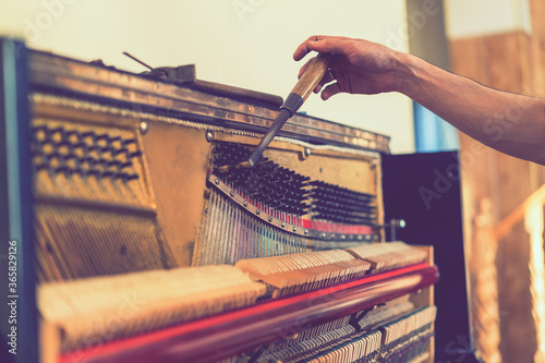 Piano tuning process Poster Mural XXL