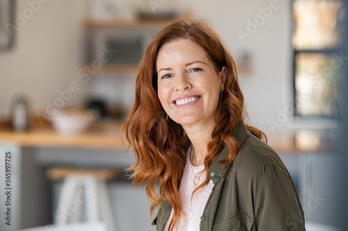 Canvas Print Mature beautiful woman with red hair