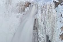 Lower Yellowstone Falls, Yello...