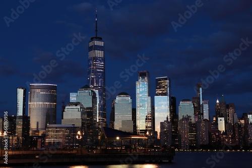 Fototapeta new york city skyline at night obraz na płótnie
