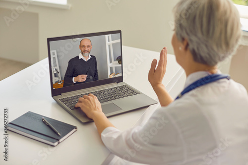 Fotomural Physician online