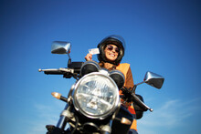 Motorcycle Riding School And C...