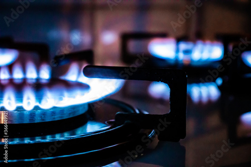 Canvastavla Gas stove - burning blue flames on gas cooker