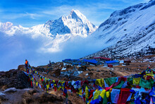 ANNAPURNA BASE CAMP, NEPAL - D...