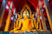 ANG THONG, THAILAND - March 11, 2012 :  Somdet Phra Sri Mueang Thong Statue Or Beautiful Buddha Statue In Tonson Temple