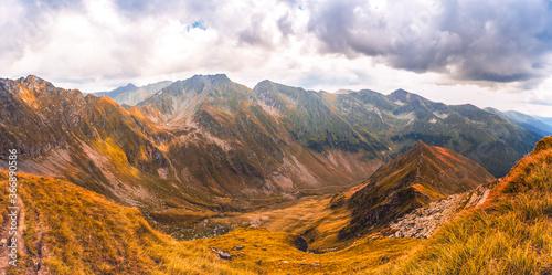 Fototapety, obrazy: Mountain landscape. Hiking fagaras mountains in Romania. Carpathians, Transilvania, Romania, Europe. Transfagarasan road. Panorama