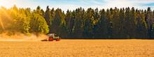 Sommer Auf Dem Land / Landwirt...