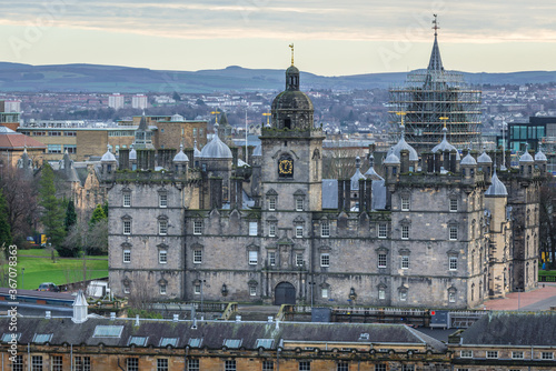Foto Aerial view with George Heriots School Edinburgh city, Scotland, UK, view from E
