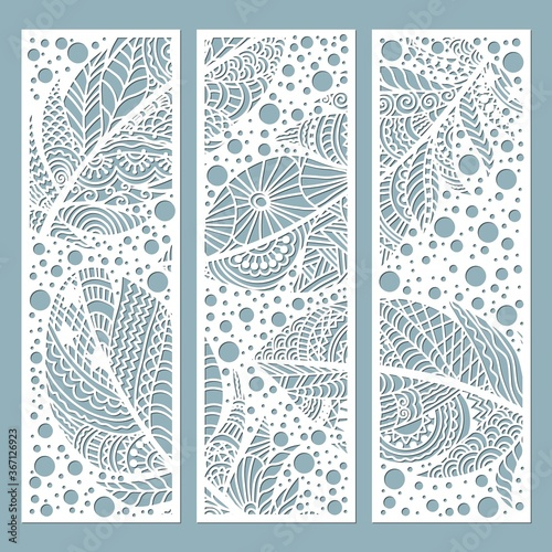 Wallpaper Mural Pattern frame with feathers