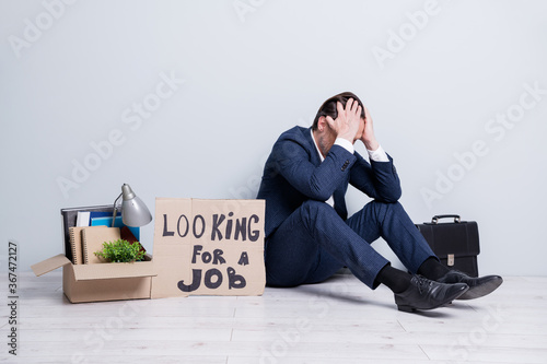 Fotografie, Obraz Full size photo of loser mature guy jobless business man handmade placard need w