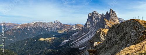Cuadros en Lienzo Picturesque autumn Alps mountain scene, famous italian Dolomites Seceda majestic rock, Sass Rigais, Sudtirol, Italy