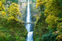 Multnomah Falls In The Autumn ...