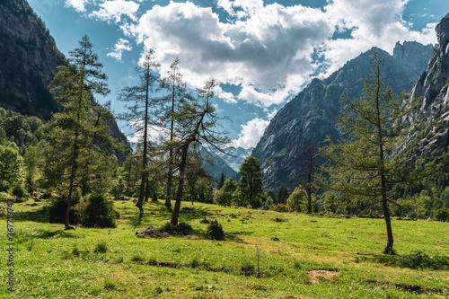 Photo Mountain landscape in north Italy, Val di Mello