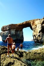 Malta  : Some People Go To Swi...