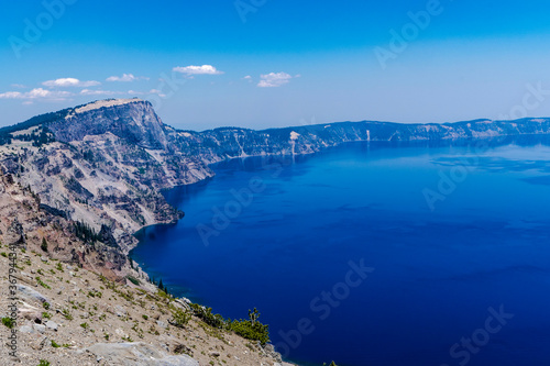Fotografija A view of some of Crater Lake