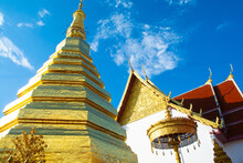 Wat Phra That Cho Hae Is A Sacred Ancient Temple In Phrae, Thailand. Publie Domain.
