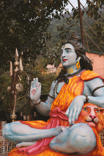 Beautiful photo of the statue of Lord Shiva in Rishikesh. Wallpaper Mural
