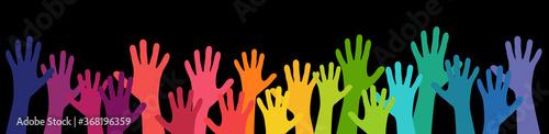 Obraz many people stretch their hands up - fototapety do salonu