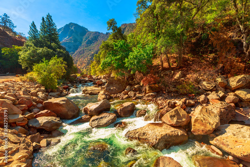 Tributary of Kings river on Kings Canyon National Park scenic view Canvas-taulu
