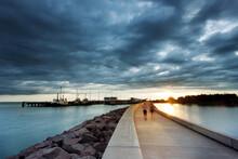 Darwin Waterfront Walking At Sunset