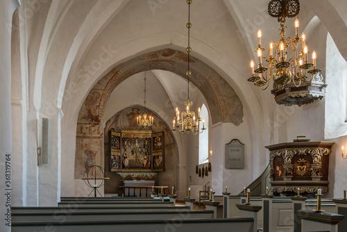 Fotografie, Obraz interior of an medeival danish church