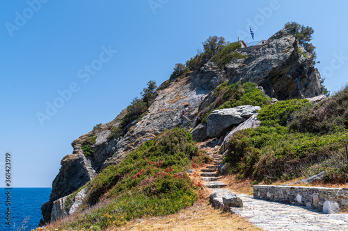 Fotomural Agios Ioannis chapel in Skopelos is the filming location of Mamma Mia movie