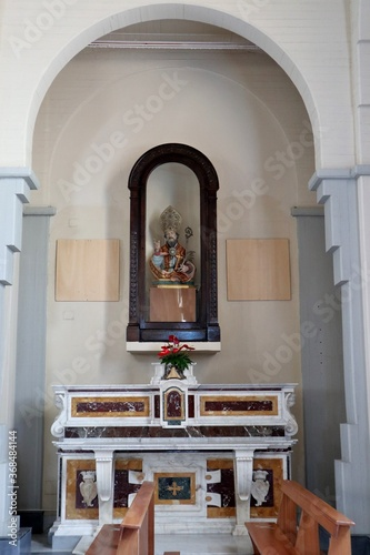 Obraz na plátně Calitri - Cappella laterale nella chiesa di San Canio Martire