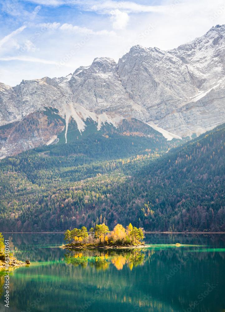 Eibsee Zugspitze in Deutschland, See Berg Bayern  Alpen Zugspitze Landschaft, Natur / Eiblake in Germany, Mountains Bavaria Alps Landscape Nature Panorama