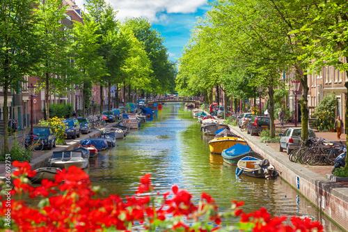 Vászonkép Canal in Amsterdam