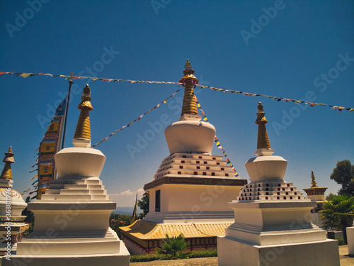 Fotografía View of the Main Stupa of the Buddhist Temple of Dag Shang Kagyu in Spain on a S
