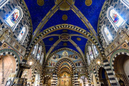 Milano, chiesa basilica di Sant'Eufemia Canvas Print