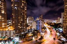 Busy Honolulu At Night Long Ex...