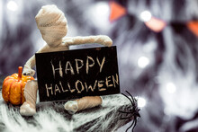 Cute Funny Mummy. Halloween De...