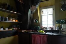 Classic Old Dutch Kitchen