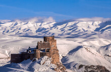Hosap Castle (Ho_ap Kalesi), V...