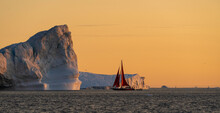 Sailing In A Sea Of Ice In Gre...