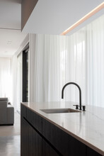Kitchen And Faucet
